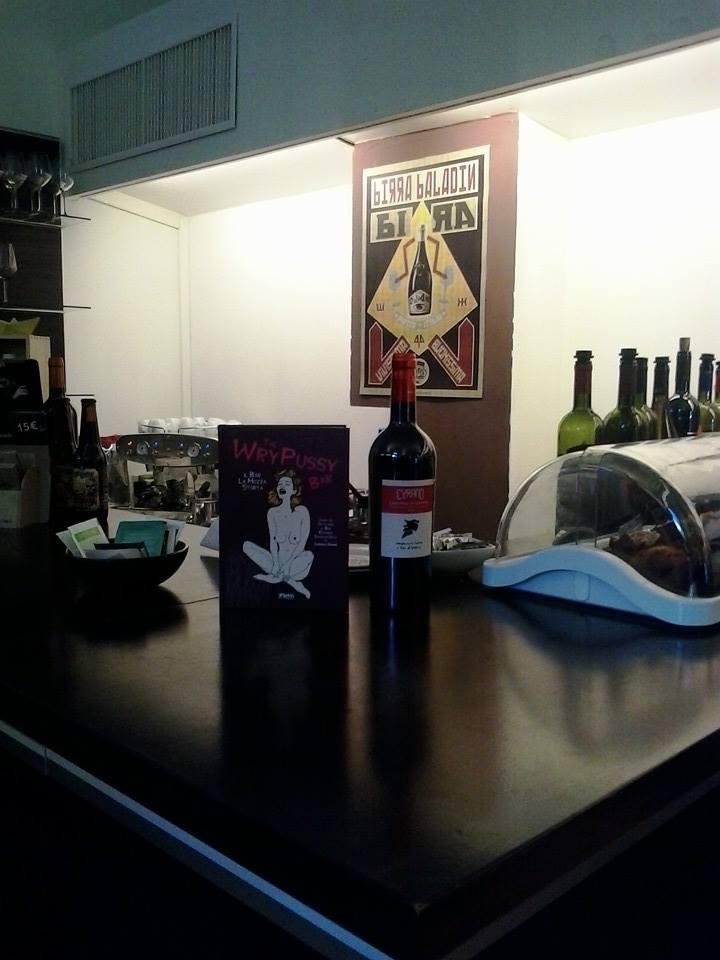 Cyrano - libri, vino e svago Via Vittorio Emanuele, 11- Alghero (SS) tel. 079 9738303